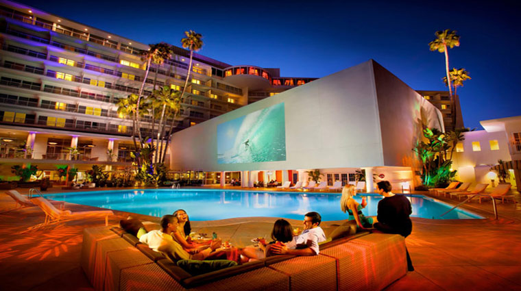 The Beverly Hilton Pool