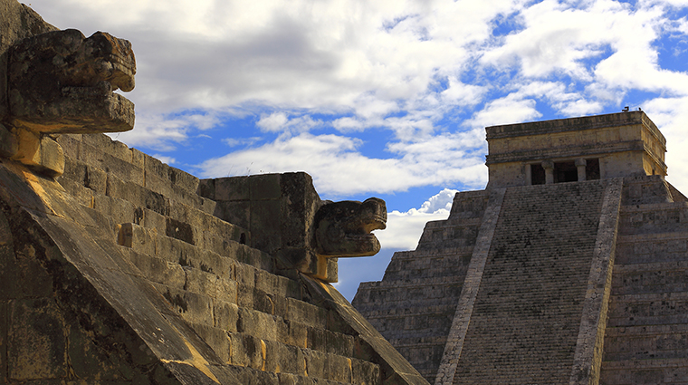 Mayan Chichen Itza Pyramid and Platform in Yucatan