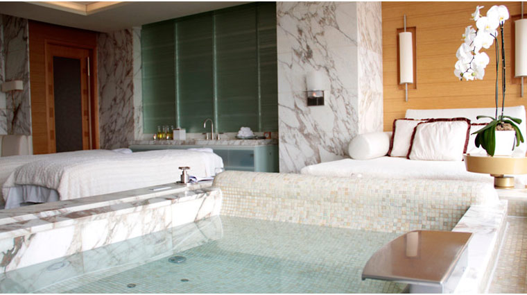 The Spa at Four Seasons Hong Kong Treatment Room