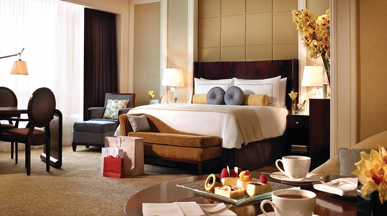Four Seasons Hotel Macao, Cotai Strip Premier Room
