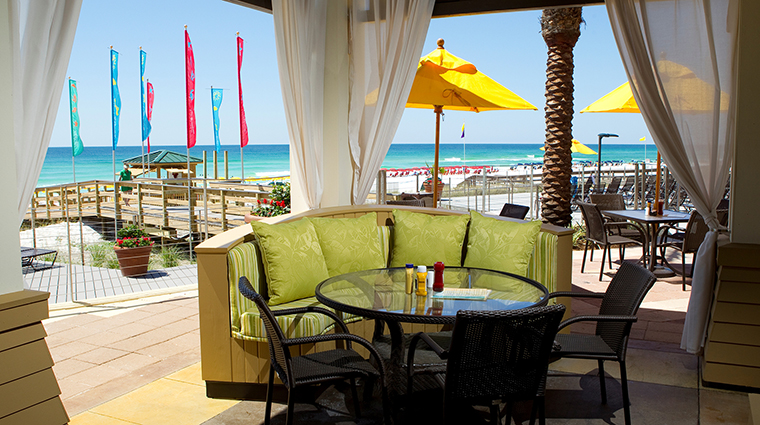 Hilton Sandestin Beach Golf Resort & Spa Restaurant Barefoot's Bar and Grill