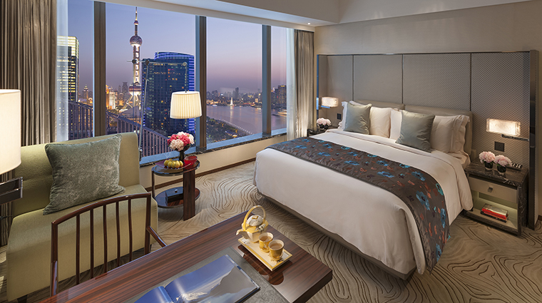 Mandarin Oriental Pudong, Shanghai Deluxe River View King Room