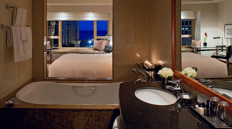 Park Hyatt Chicago King Guestroom