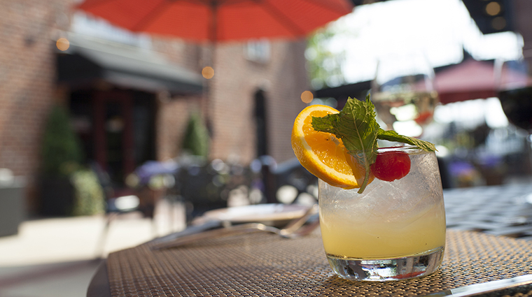 Shoemakers American Grille Alfresco Cocktails