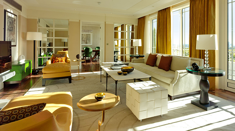 Harlequin Suite Sitting Room