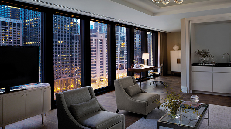 The langham chicago chicago hotels chicago us for Hotel decor chicago