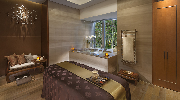 The Spa at Mandarin Oriental Pudong, Shanghai Treatment Room