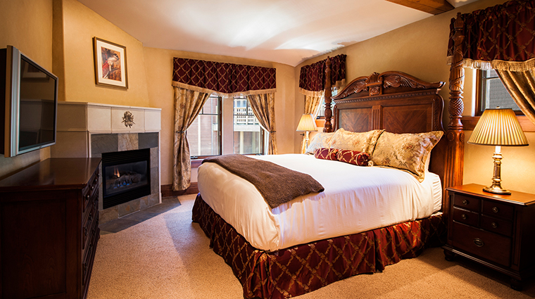 The Chateaux Deer Valley Guest Room