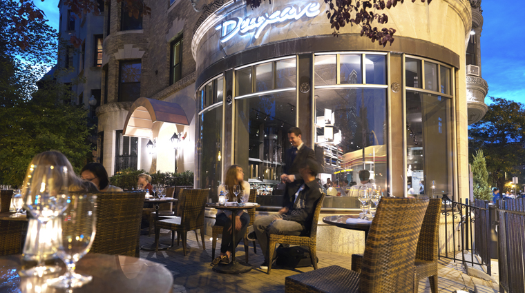 Deuxave Restaurant & Bar Patio at Night