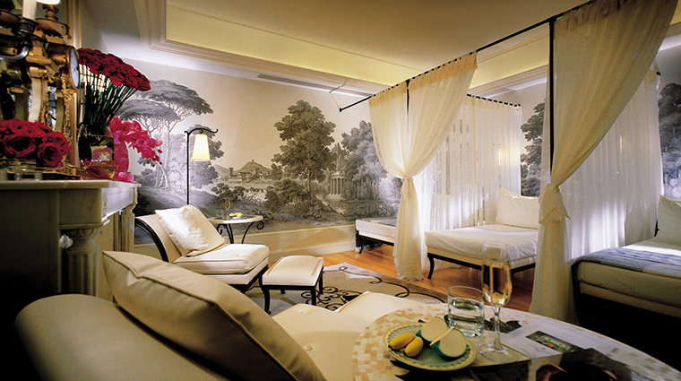 The Spa, Four Seasons Hotel George V, Paris Relaxation Lounge