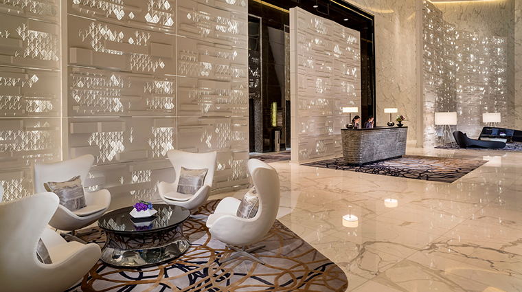 Four Seasons Hotel Guangzhou Arrival Lobby