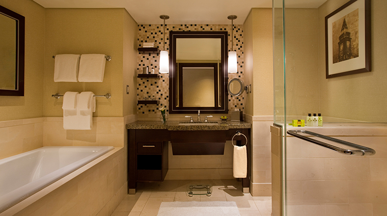 InterContinental Boston Guest Room Bathroom