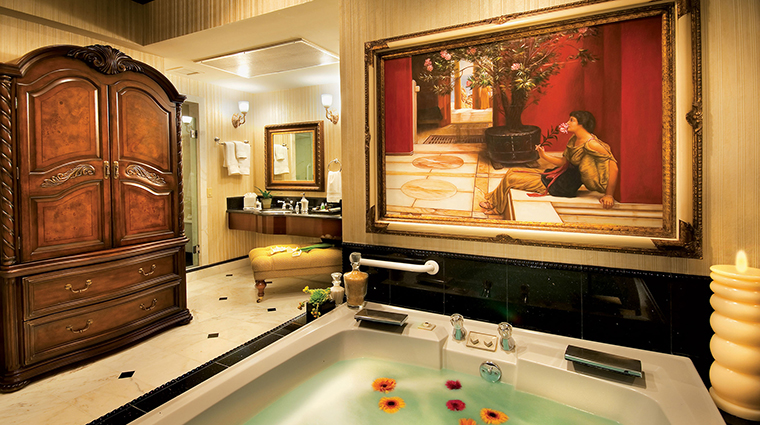 Peppermill Reno Penthouse Bathroom