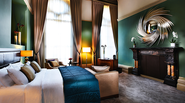 St. Pancras Renaissance London Hotel, Chambers Grand Junior Suite