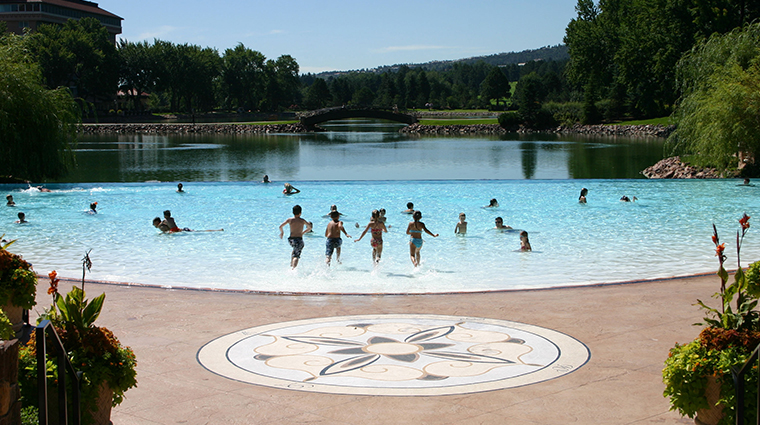 The Broadmoor Outdoor Infinity Pool