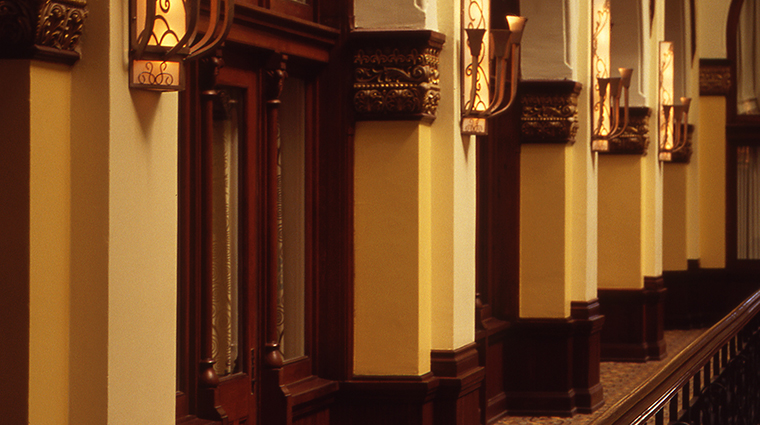 Union Station Hotel, Autograph Collection Hall