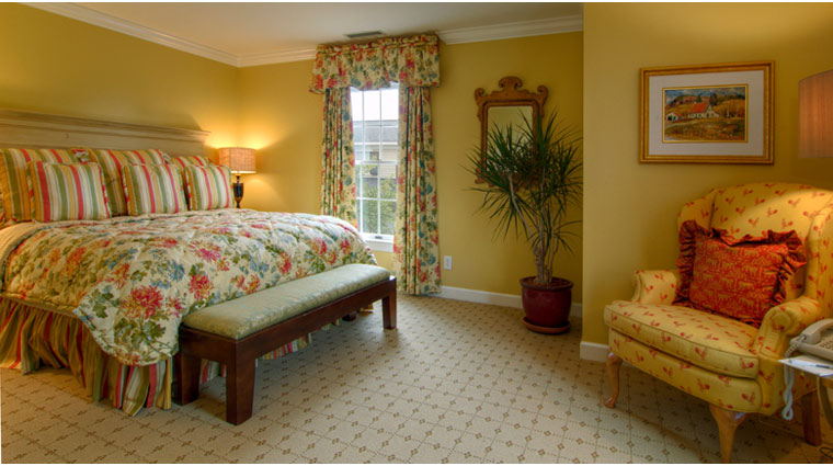 The Fearrington House Inn Superior Suite Guest Bed