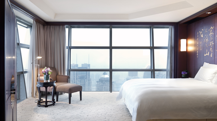 Grand Hyatt Shanghai Grand Suite View King Bedroom