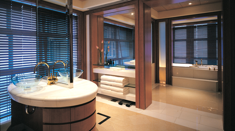 Grand Hyatt Shanghai Presidential Suite Bathroom