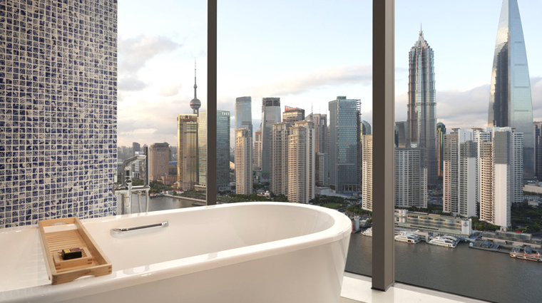 Hotel Indigo Shanghai on the Bund Guestroom Bath