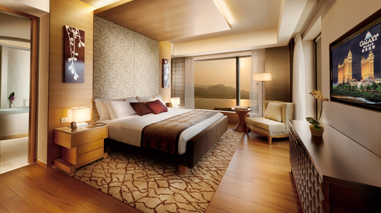 Hotel Okura Macau Superior Suite Bedroom