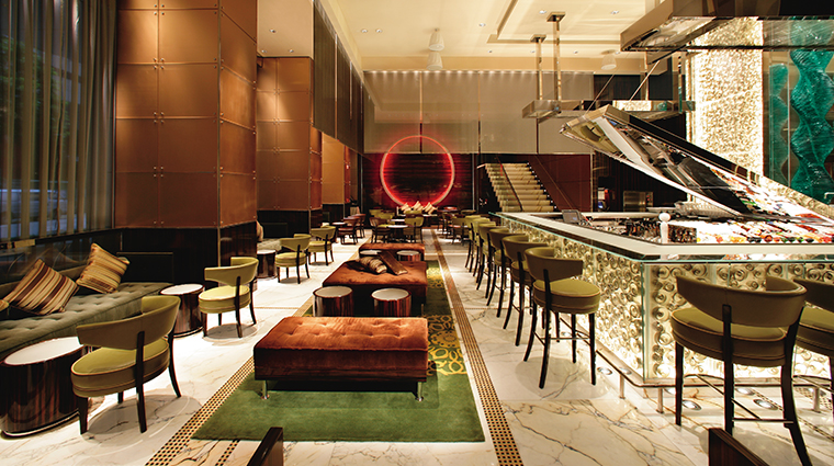 The Landmark Mandarin Oriental, Hong Kong MO Bar