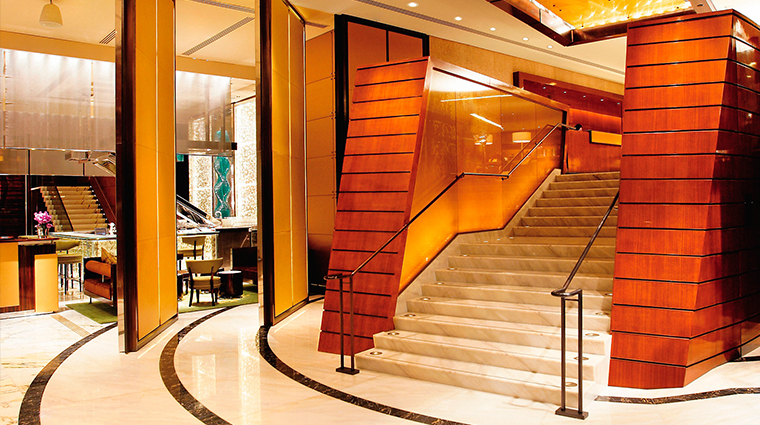 The Landmark Mandarin Oriental, Hong Kong Lobby