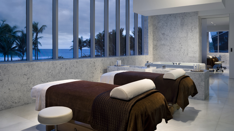 Lapis The Spa at Fontainebleau Couples Treatment Room