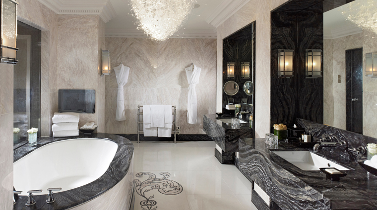 Mandarin Oriental Hyde Park, London Royal Suite Bathroom