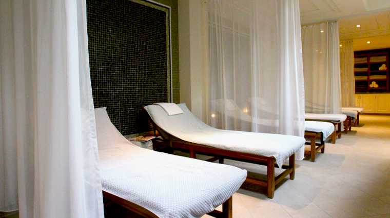 Spa Montage Relaxation Room
