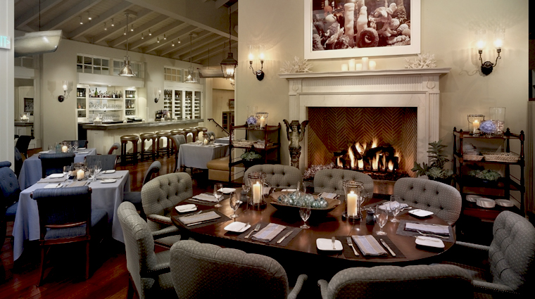 One Pico Fireside Dining