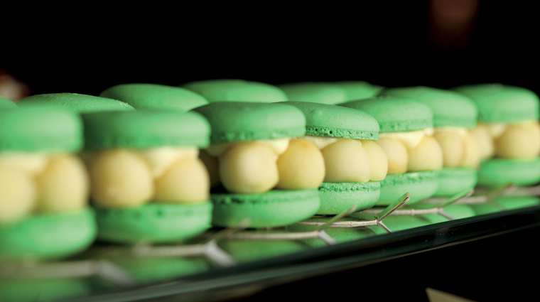 The Café Macarons
