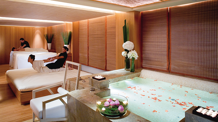 The Oriental Spa Couples Massage Treatment