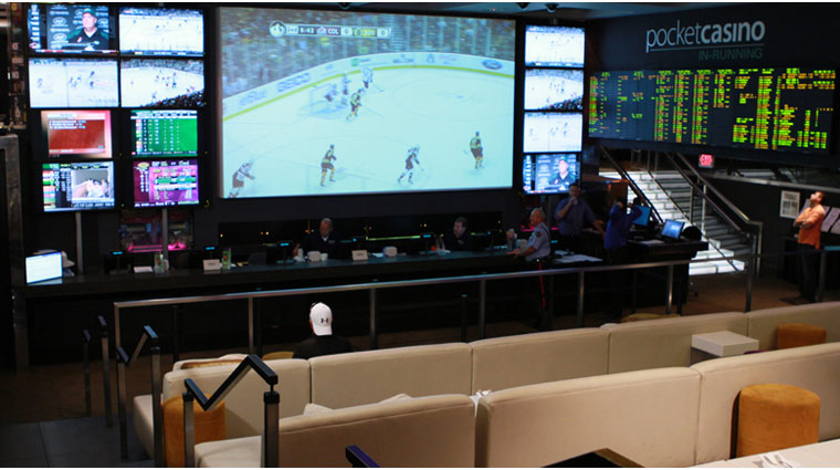 Lagasse's Stadium Big Screen with Surrounding TVs