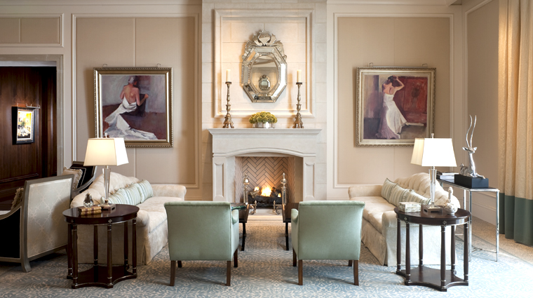 The St. Regis Atlanta Long Gallery