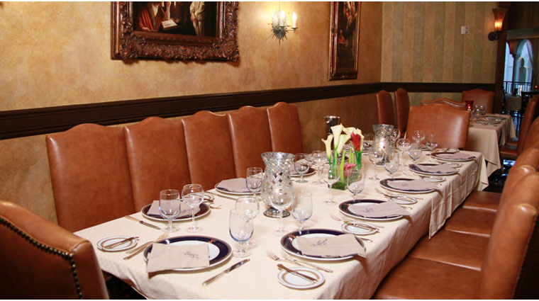 Zeffirino Table Setting