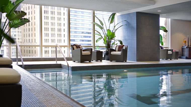 Trump International Hotel & Tower Chicago, The Spa at Trump Pool Loungers
