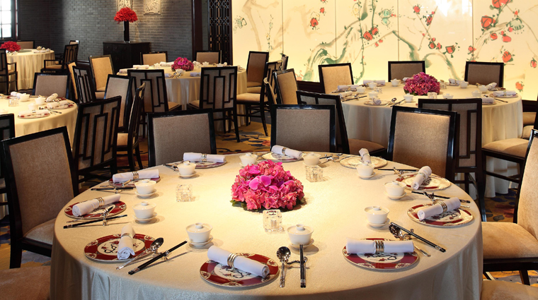 Wei Jing Ge Table Setting