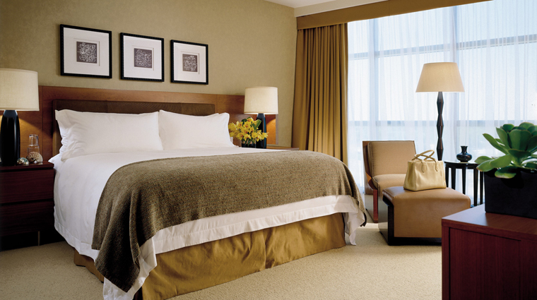 Four Seasons Hotel Silicon Valley at East Palo Alto Guestroom