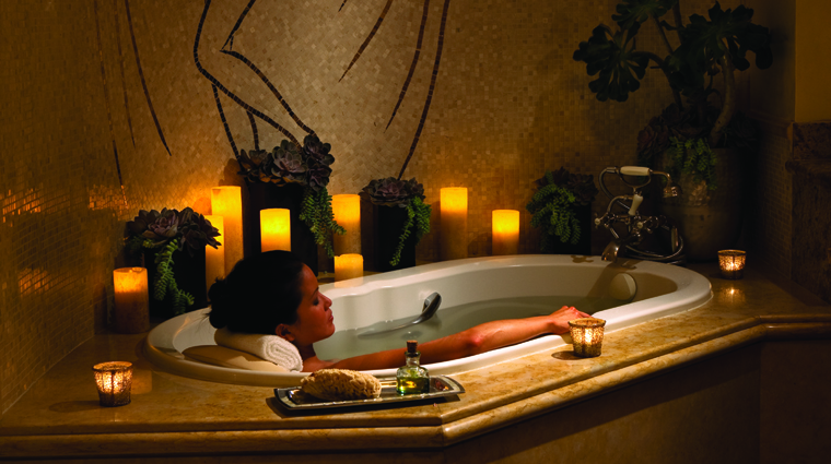 The Spa at Four Seasons Hotel Los Angeles at Beverly Hills Bathtub