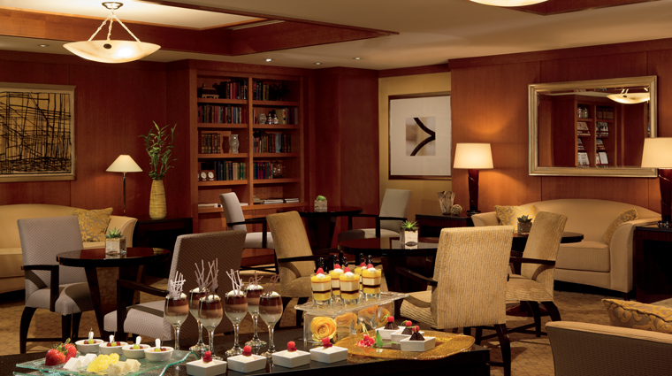 The Ritz-Carlton Boston Common Lounge