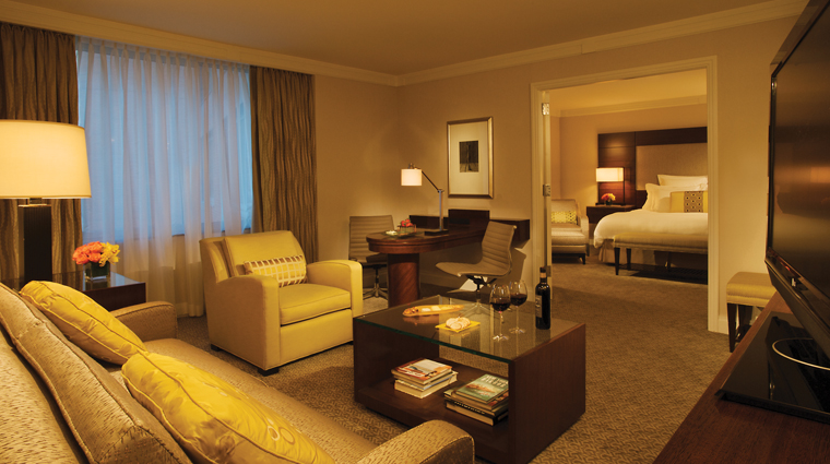 The Ritz-Carlton New York, Battery Park Hotel Expanded 1 Bedroom Suite