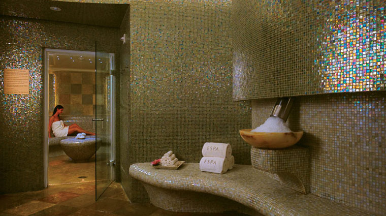 Acqualina Spa by ESPA Locker Room